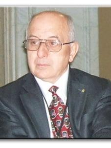 Domnul Liviu PETRINA, Preşedinte Executiv al P.C.G., a renunţat la pensia specială !