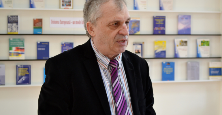 Un mare român luptător a plecat dintre noi: Petru Bogatu